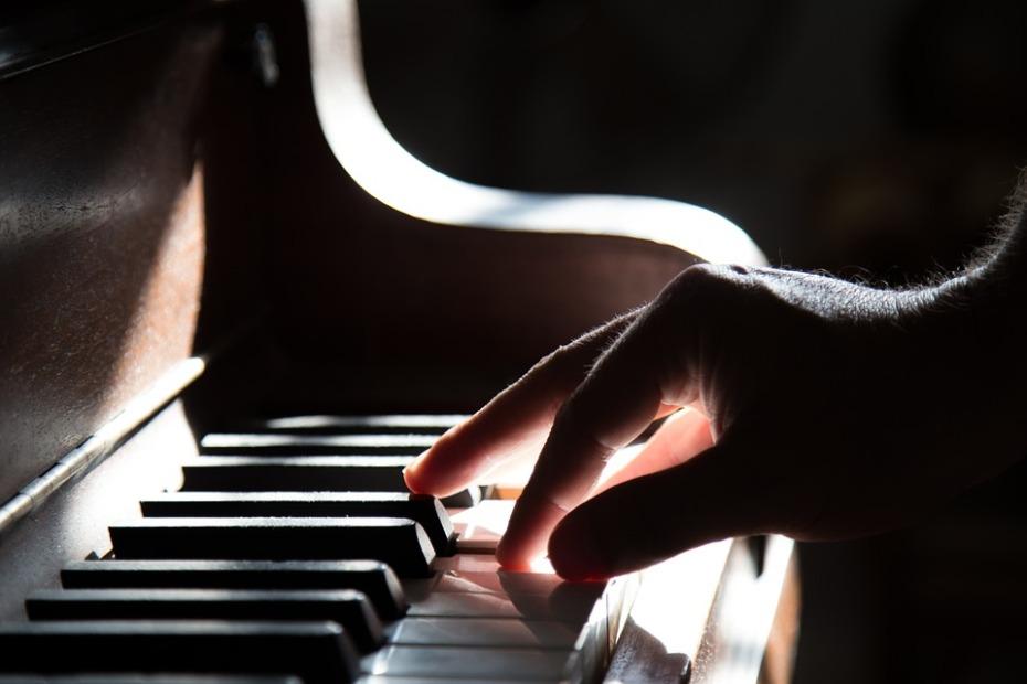 piano-801707_960_720